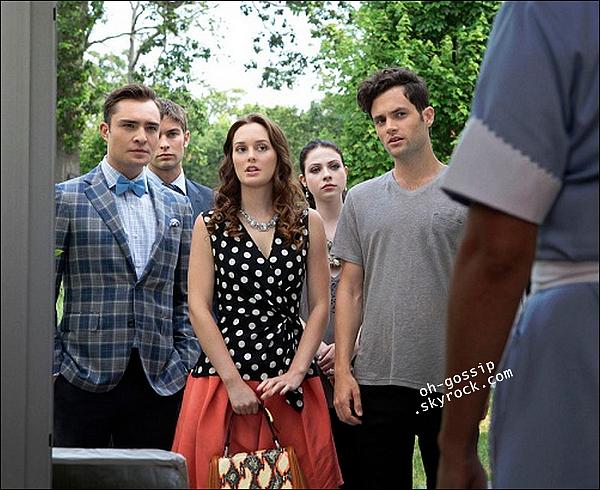 . Découvrez le premier still de l'épisode 6x01 de Gossip Girl intitulé « Gone Maybe Gone » .