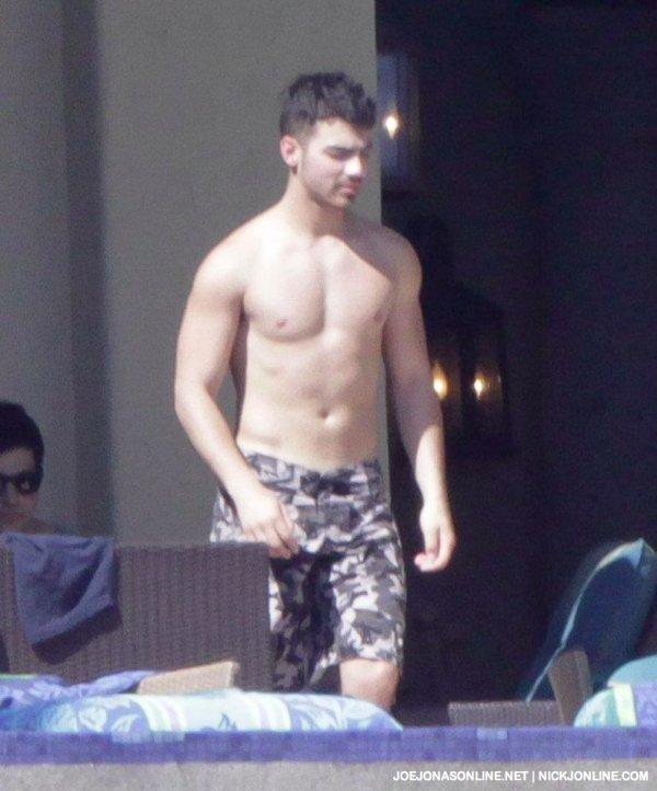 Joe Jonas 3