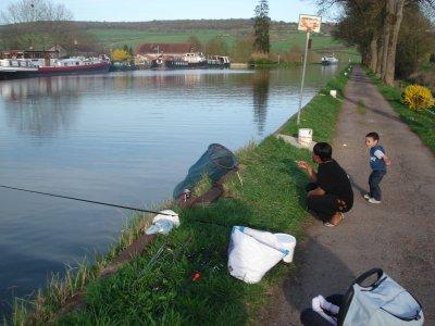 Superbe journée ensoleillé, idéal pour une partie de pêche.