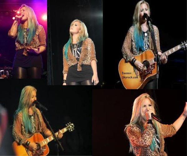 11/08/2012 Demi a donné un concert  à Springfield.