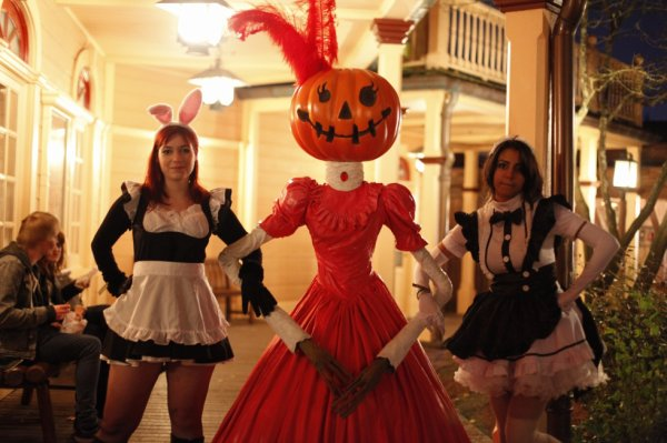 team soubrette a disney halloween =3