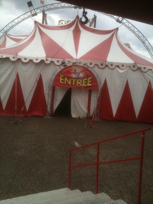 Cirque AMAR à Bernay, Mercredi 30 Mars 2011.