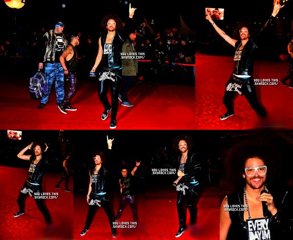"""28 janvier 2012 : Redfoo, Q et LMFAO crew arrivant aux NRJ Music Awards, puis Redfoo à chanter avec LMFAO crew """"Party Rock Anthem"""" et """"Sexy and I Know It"""", Baptiste Gabiconi (Top-model, chanteur français) et Laurent Ourmac (Acteur français) ont rejoint Redfoo sur scéne à la fin de """"Sexy and I Know It"""". Ils ont également gagnés deux prix, le prix du Meilleur duo de l'année et le prix du Meilleur clip de l'année pour """"Party Rock Anthem"""". En bas de l'article, l'affiche avec les LMFAO pour les NRJ Music Awards.---Vous avez regardé ?"""