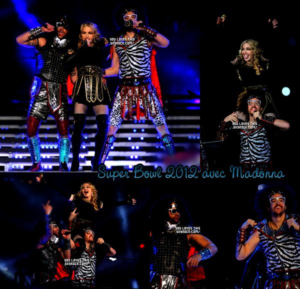 05 février 2012 : Les LMFAO étaient présent lors du Super Bowl, ils sont monter sur scène avec Madonna.