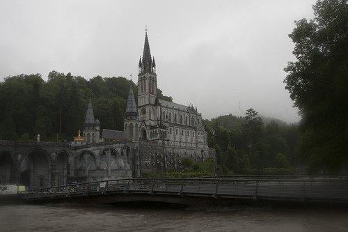 Lourdes martyre