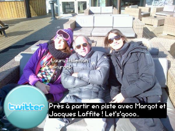 Laury s'est enfin reconnécté sur son profil Tweeter et nous a fais partagé ces nouvelles photos ;)