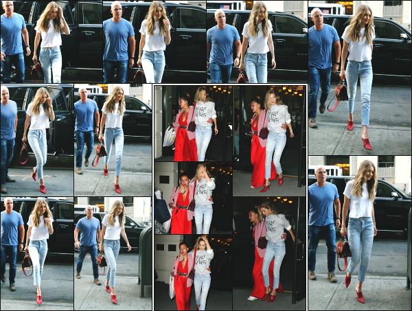 - 28.08.17 ─ Gi' Hadid est photographiée alors qu'elle arrivait aux bureaux « IMG Models » qui se situe à New York.[/s#00000ize]Que de rendez-vous professionnel pour Gigi H. ce jour là ! Un peu plus tard dans la soirée, c'est avec une amie a elle que nous la retrouvons en plein NY! -