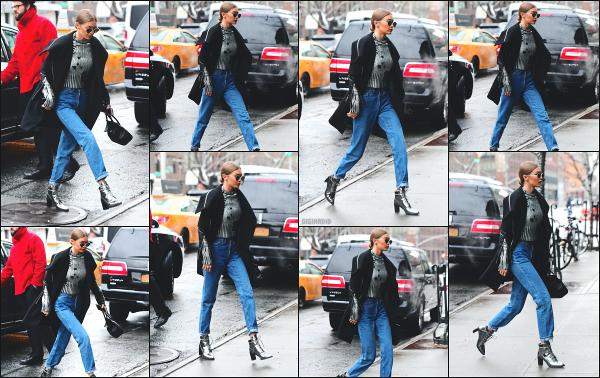 - 31.01.17 ─ Notre ravissante Gigi' Hadid est photographiée alors qu'elle se promenait dans les rues de New York ! [/s#00000ize]Gi' était de nouveau en compagnie de sa petite soeur Bella Hadid, en direction de son appartement en pleins Manhattan ! Je n'aime pas la tenue qu'elle à -