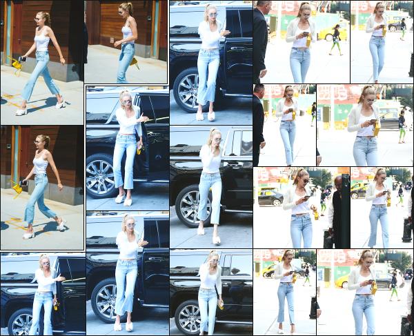 - 05.09.17 ─ Notre Gigi Hadid est photographiée alors qu'elle quittait son appartement dans les rues de New York ![/s#00000ize]Enfin des petites nouvelles de notre belle blonde ! Un peu plus tard dans la journée, c'est dans les rues de New York que nous la retrouvons ! Un petit top -