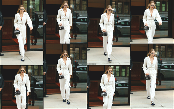 - 06.09.17 ─ Notre Gigi Hadid est photographiée alors qu'elle quittait son appartement dans les rues de New York.[/s#00000ize]G quittait son appartement ce jour là pour se rendre au défilé de Tom Ford dans lequel elle défilera bien évidemment. Sa tenue est assez sympa je trouve -