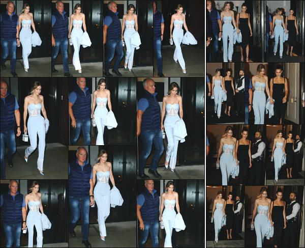 - 09.10.17 ─ Notre Gigi Hadid est photographiée alors qu'elle quittait son appartement dans les rues de New York ! [/s#00000ize]Plus tard, c'est en quittant un restaurant aux côtés de sa soeur Bella que nous la retrouvons à l'occasion de l'anniversaire de Bella! C'est un très beau top -