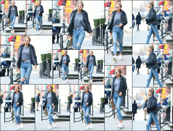 - 03.02.17 ─ Notre Gigi Hadid est photographiée alors qu'elle quittait le magasin « Blick Art Materials » à New York[/s#00000ize]G' profite d'un peu de son temps libre pour aller faire quelques courses dans un magasin de bricolage ! J'aime beaucoup la tenue qu'elle porte à nouveau  -