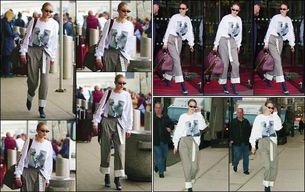 - ''•-29/03/18-' : Gigi Hadid arrivait à l'aéroport français de « Charles de Gaulle » dans la capitale française, Paris. Le séjour de Gigi en France fut de courte durée puisqu'elle a quitté « Le Royal Monceau » pour rentrer à son appartement de Manhattan. -
