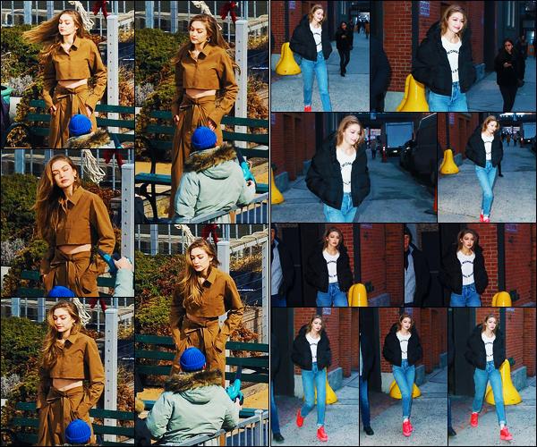 -08/03/2019- ─ Gigi Hadid a été photographiée alors qu'elle était sur un set de photoshoot de « Maybelline » à New-York.La mannequin Gigi a ensuite été photographiée plus tard, se rendant à nouveau sur un set de photoshoot à N-Y ! Concernant ses tenues, c'est des tops !