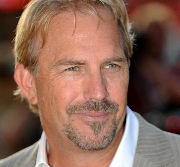 Kevin Costner (l) (l) (l)