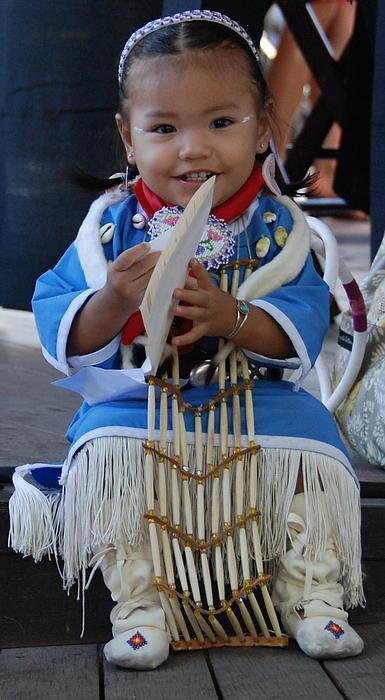 Petite Amérindienne (l) (l) (l)