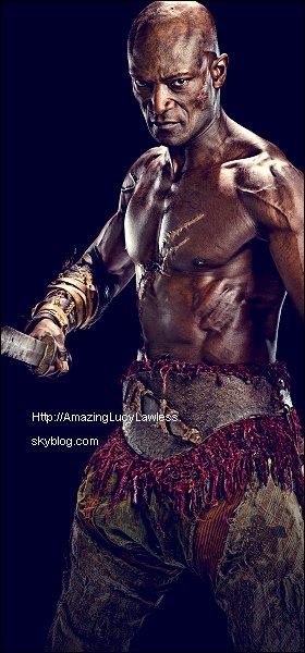 .  24 Octobre : Vidéo TRAILER (déjà vus plus d'1million de fois) et quelques photos de la série Spartacus: Vengeance (Saison3). Je n'aime pas beaucoup la photo promo de Lucy, elle est beaucoup retouchée!  .