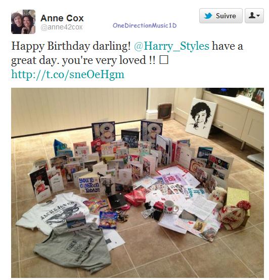 """Via Twitter La maman d'Harry à tweeter : """"Bon Anniversaire chéri ! Ai une bonne journée, tu es tellement aimé !!"""" + Via Facebook + Louis et Niall parle un peu francais"""
