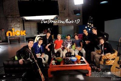 """Les garçons et les Big Time Rush lors du passage des garçons aux Etats-Unis. + Les garçons dans """"Hot Or Not"""" !+Danielle a tweeter """"Ok, donc peut-être que j'aime bien la St Valentin  xx"""" + Via Twitter"""