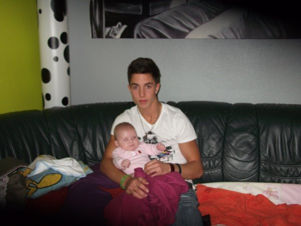mon frere avec sa niece