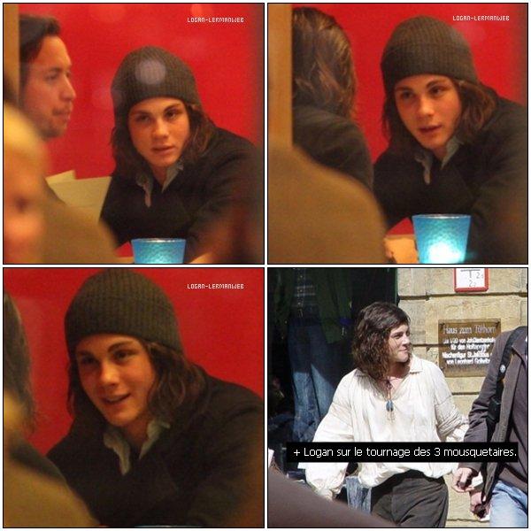 . 19/10/10: Logan dans un restaurant à Munich.  .