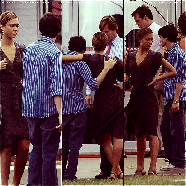 """Flashback:tournage'  2007: Logan avec Jessica Alba sur le tournage de """"Meet Bill"""".Comme il a grandit !"""