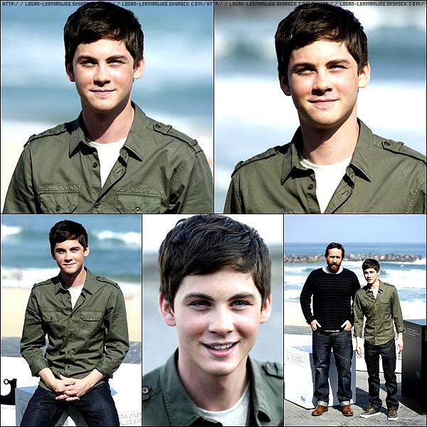 Vendredi 23/09/11 (hier): Logan arrivant au 59ème Festival du film de Saint-Sebastien pour la promo des 3 mousquetaires en Espagne.