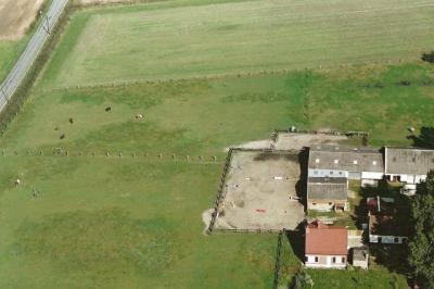 Domaine de Licorne, structure d'acceuil de Help'Horses (GHYVELDE ; 59254)