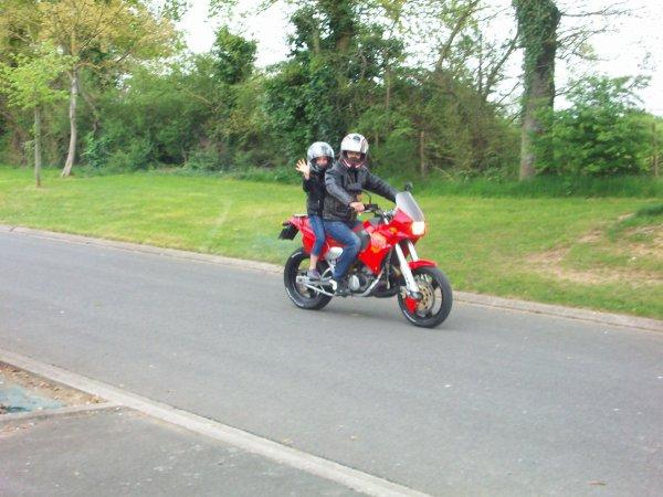 Sortie en moto avec Shelby