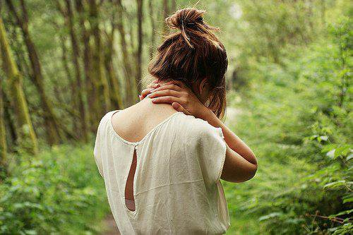 Quelque soit le souvenir,je veux le garder dans mon c½ur et y croire!Je veux penser qu'aucun souvenir ne mérite d'être oublié.Je veux devenir un jour assez forte pour les surmonter,et surmonter plus encore,faire en sorte qu'ils deviennent des souvenirs précieux.♥