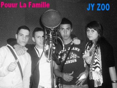Rabzatitude / Elia2s Ri2sa Byl'k Feat Lauralee // Pour La Famille ! (2011)