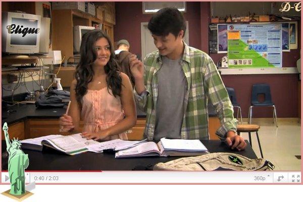 """Nouvelle vidéo de """"Prom"""" =D On peut voir Danielle avec sa co-Stars Nolan Sotillo ! Même si je ne le trouve pas très beau, Je trouve qu'il forme un beau couple ( Dans Prom évidament) Ton Avis ?"""