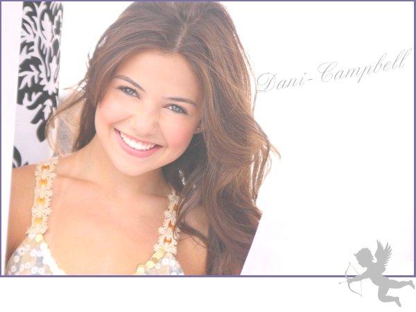 Un calme plus que plan dans le monde de Miss Danielle  Je vous mets dans un photoshoot que j'aime beaucoup ^^ Ton avis ?