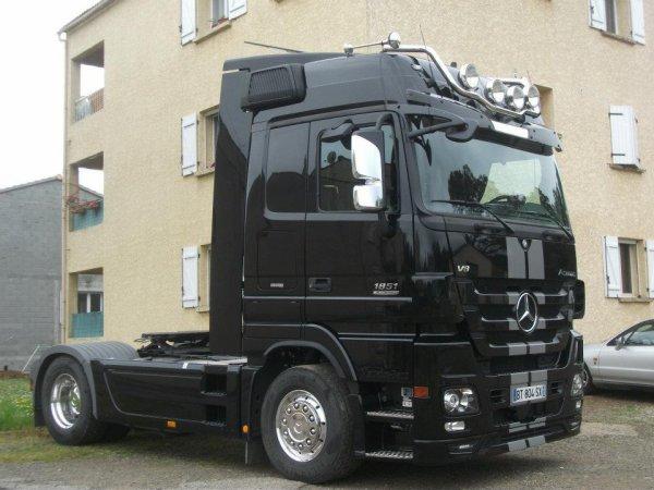 blog de blackliner1851 page 3 camion mercedes actros. Black Bedroom Furniture Sets. Home Design Ideas