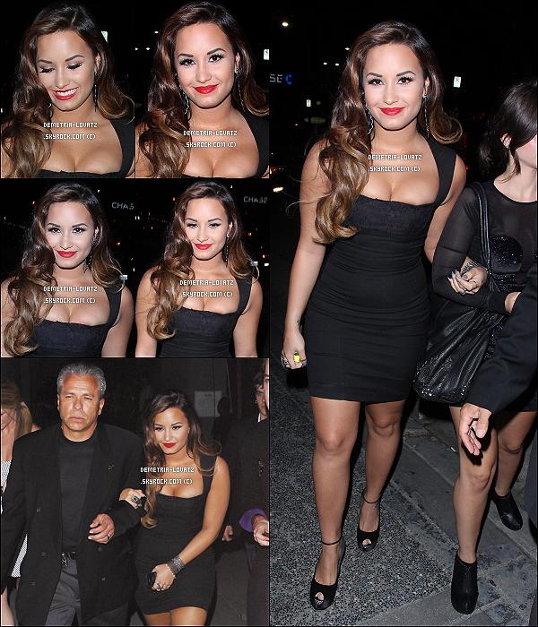 27/08/11: Demi a assisté à la soirée de Perez Hilton « O.N.C.S » et y a interprété « Skyscraper » et « Don't Forget ».  Demi met trop en avant sa poitrine, sa robe est très jolie mais la moule trop mais je lui donne un TOP car sa tenue est très jolie.