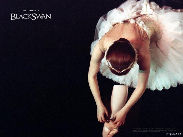 Natalie Portman a déclaré s'être entraînée pendant 10 mois avant le début du tournage de Black Swan !