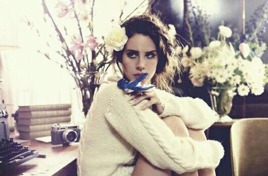 Lana Del Rey Backfire.