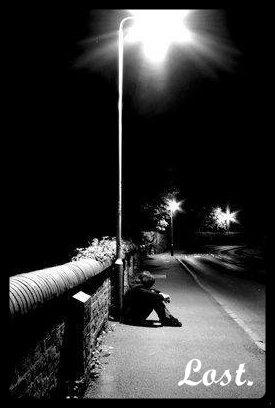 12.  Je te repousse pas au contraire je m'accroche de toutes mes forces seulement je ne tiendrais pas si toi tu m'aides pas !  Mais pourquoi est-ce que tu ne m'ouvres pas totalement ton coeur.. ?