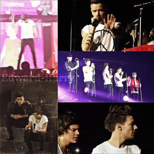 17.03 - Les One Direction faisant un concert à United Kingdom.