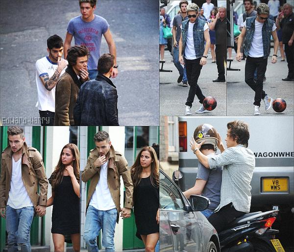 29.08 - Les One Direction ont été sur le tournage de leurs prochain clip dans l'est de Londres.
