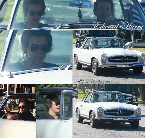 20.01 - Harry à été vue dans une voiture avec un ami à L.A.