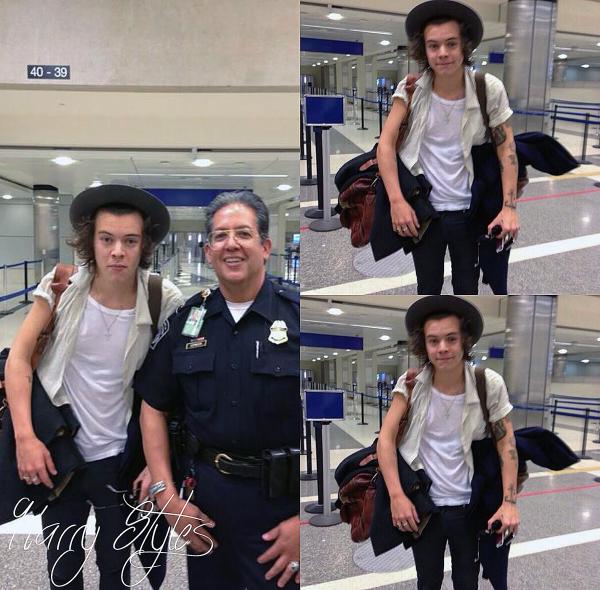 16.04 - Harry à été vue à l'aéroport de L.A.