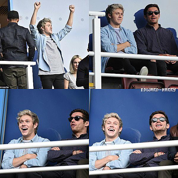 18.10 - Niall à été vue au stade Madejski pour un match à Reading, dans le Berkshire en Angleterre.