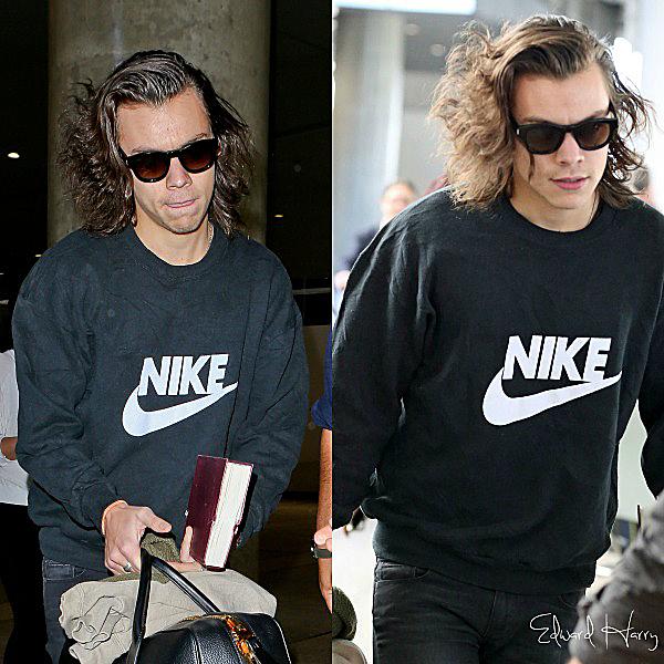 28.11 - Harry à été vue en arrivant à l'aéroport de LAX.
