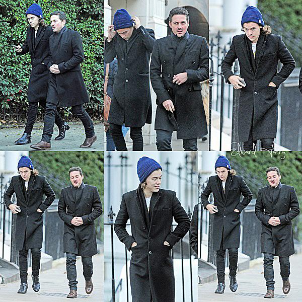 14.12 - Niall à été vue quittant une soirée organisé par le X Factor UK à Londres.