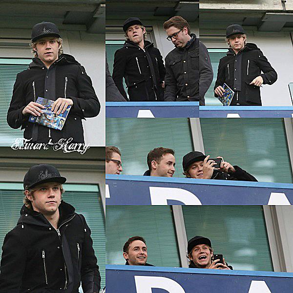 10.01 - Niall à été à un match à Londres.