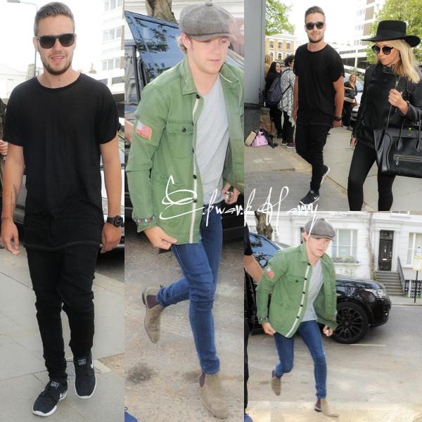 24.04 - Niall et Liam ont été vus en arrivant au studio à Londres.