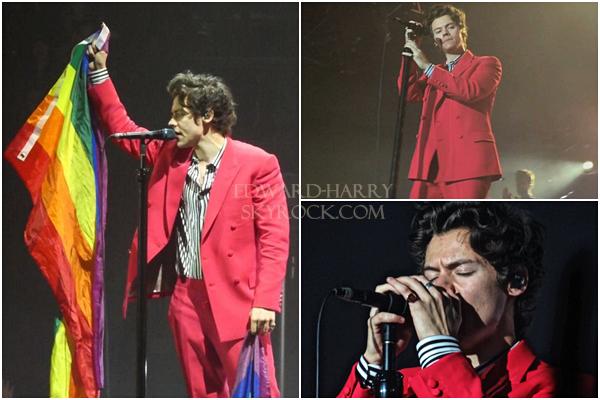 09.04 - Harry en concert au Manchester Arena de sa tournée 'Live On Tour' à Manchester - Angleterre :
