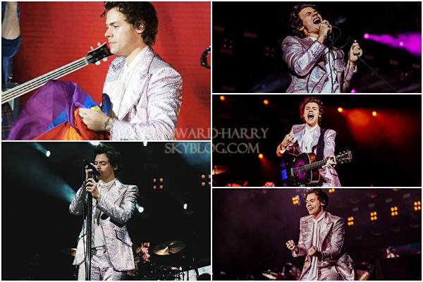 05.05 - Harry en concert au Hong Kong C.E.C de sa tournée 'Live On Tour' à Hong Kong - Chine :