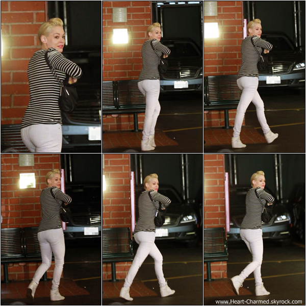 -     21/02/2013 : Rose se promenant dans les rues de West Hollywood.  -